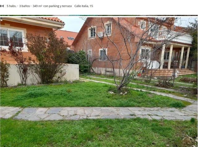 4 chambre Villa/Maison Mitoyenne à vendre à Villalbilla avec piscine - 350 000 € (Ref: 6166749)