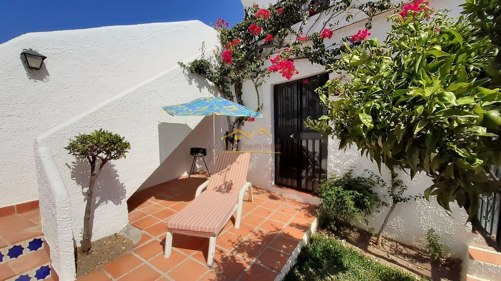 3 bedroom Apartment for sale in Nerja with pool - € 299,950 (Ref: 4914518)
