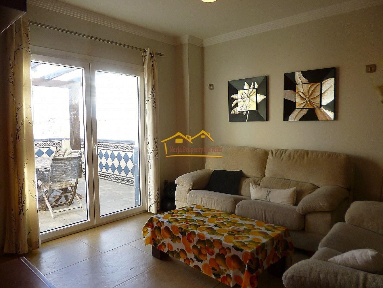 3 slaapkamer Rijtjeshuis te huur in Nerja - € 1.500 (Ref: 5098402)