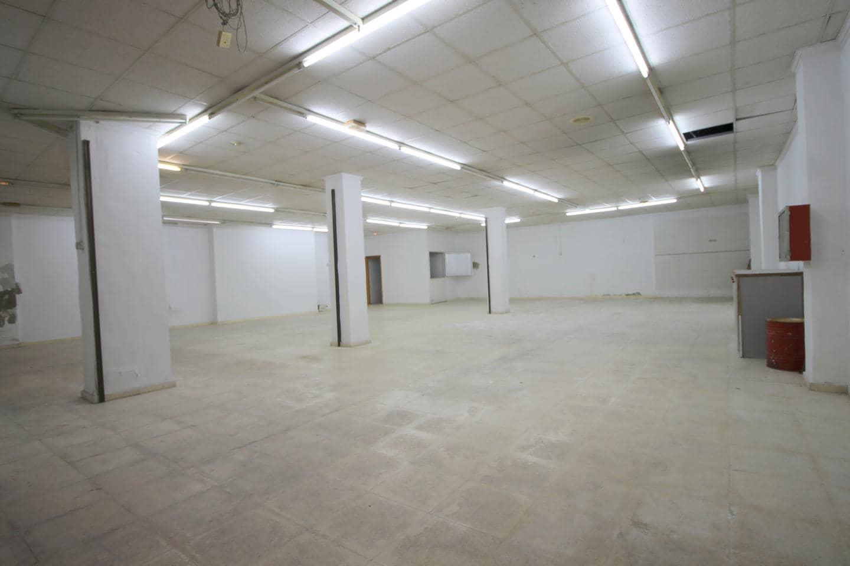 1 makuuhuone Yritys myytävänä paikassa Alicante kaupunki - 140 000 € (Ref: 6031158)