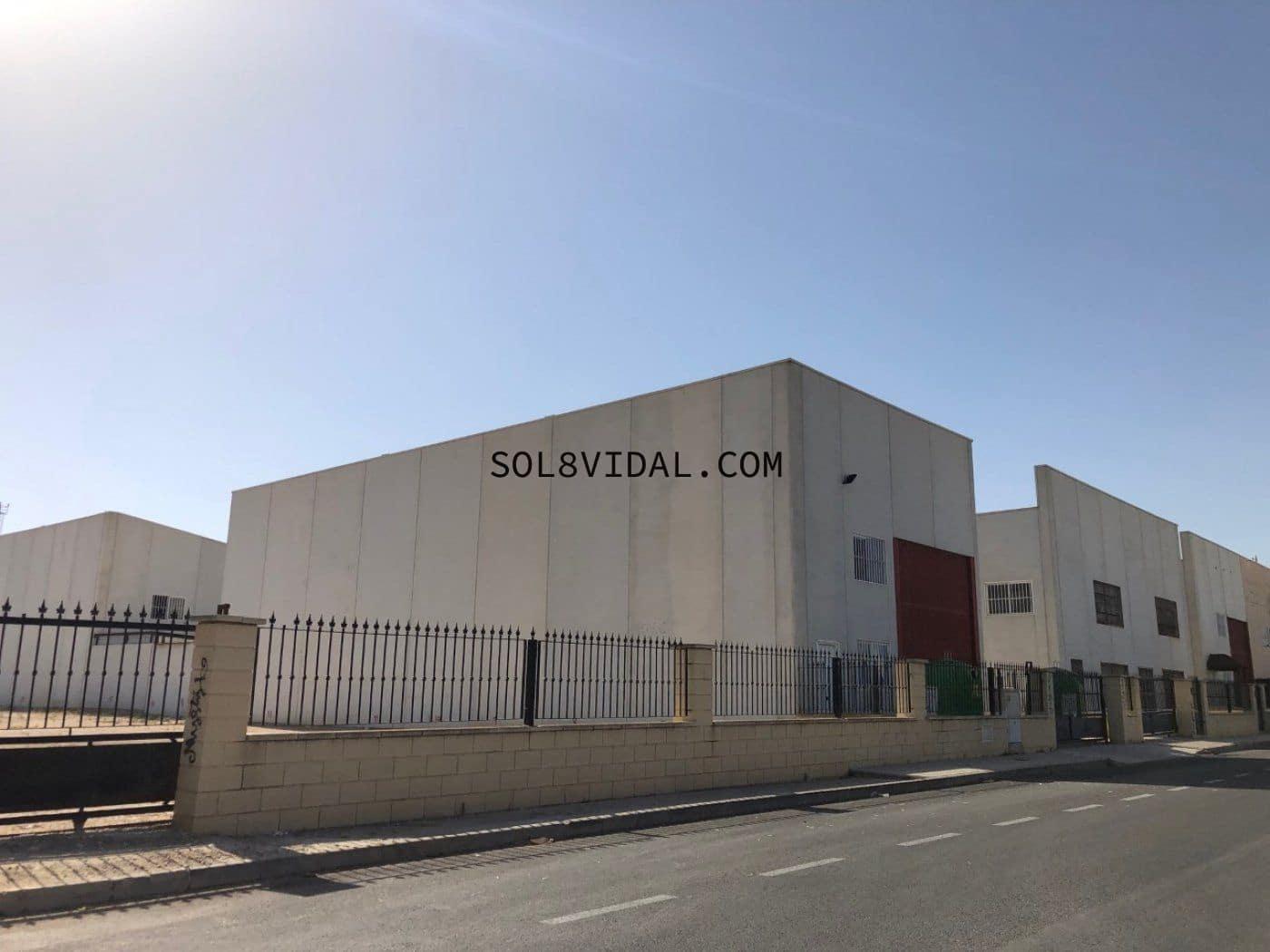 Bedrift til salgs i Bigastro med garasje - € 120 000 (Ref: 4686672)
