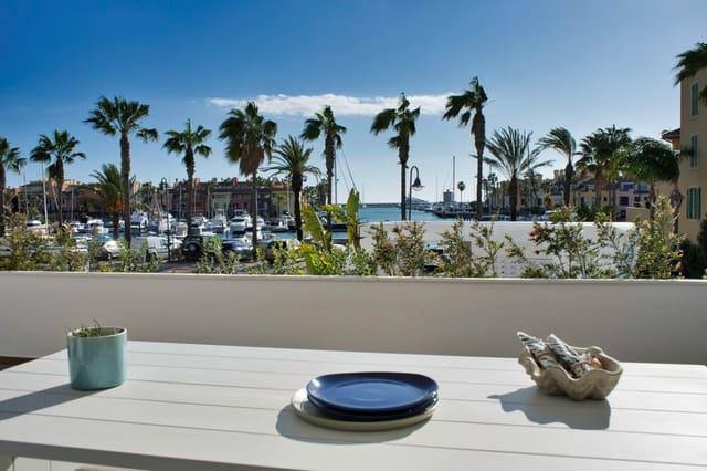 3 quarto Apartamento para venda em San Roque com piscina - 400 000 € (Ref: 4919739)