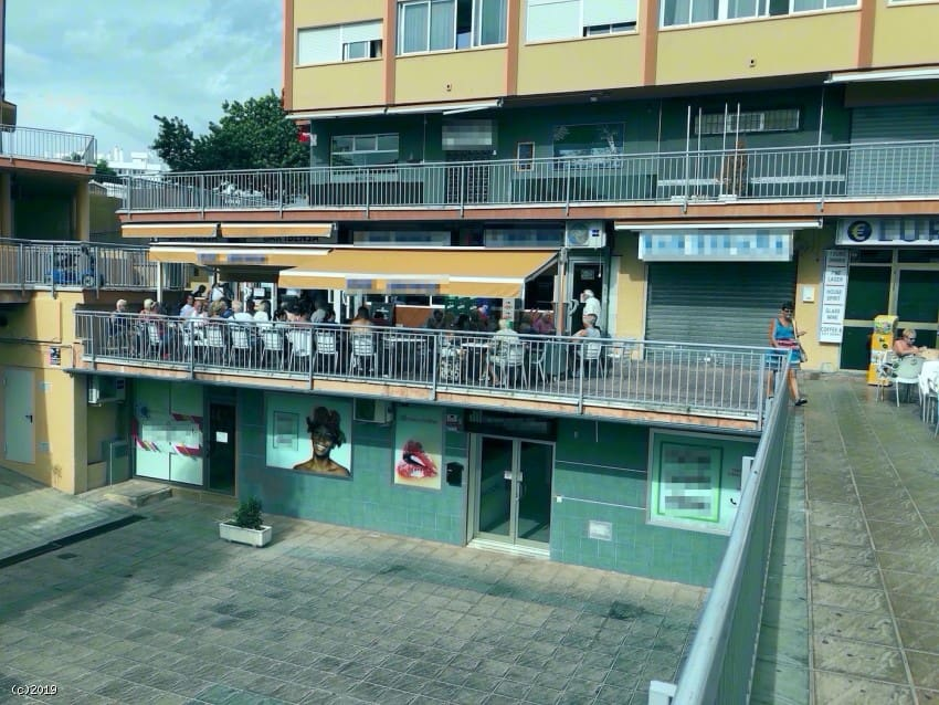 Commercial for sale in Benalmadena with pool - € 600,000 (Ref: 4838763)