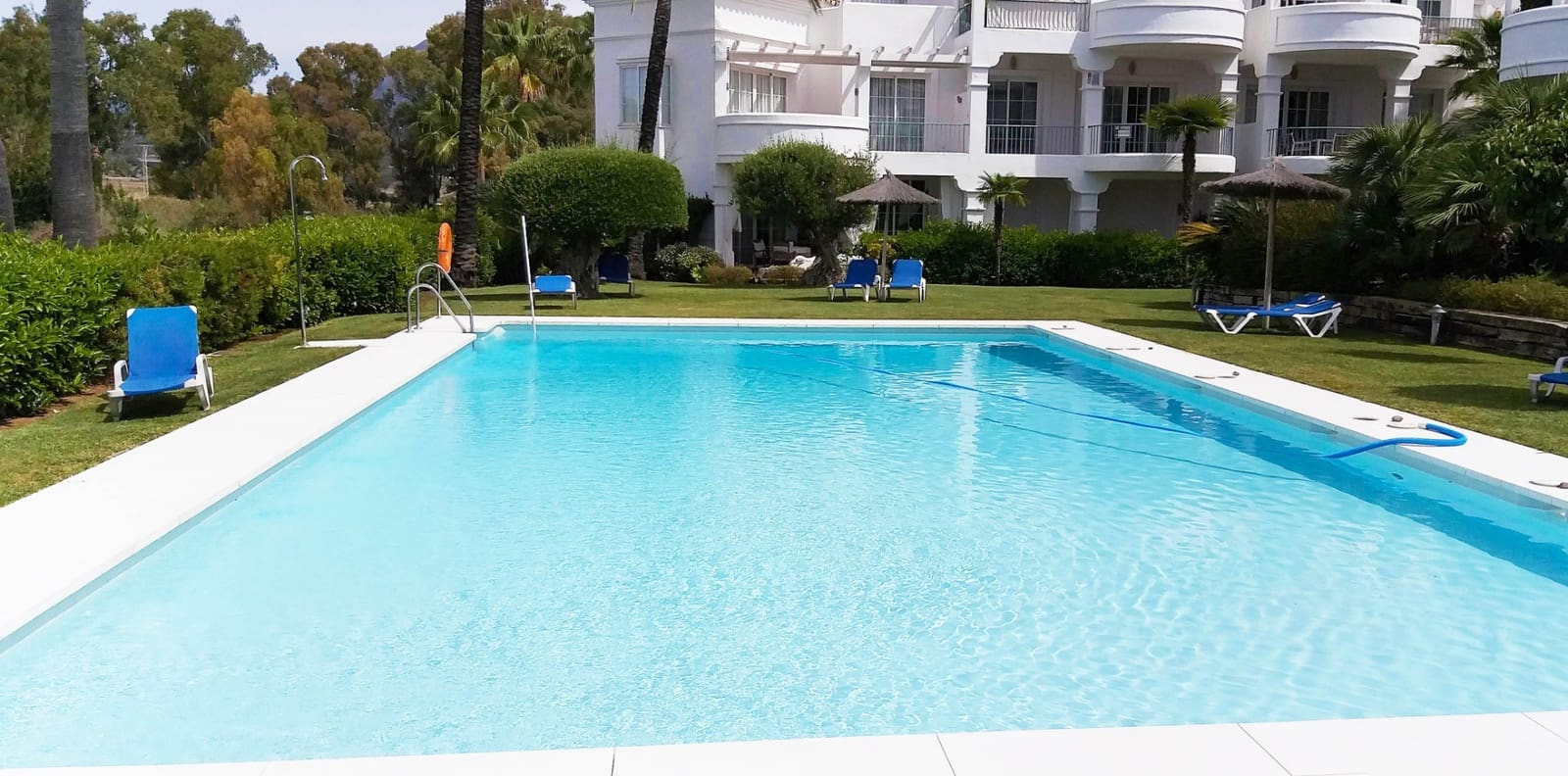 4 sovrum Radhus att hyra i San Pedro de Alcantara med pool garage - 2 500 € (Ref: 5368721)