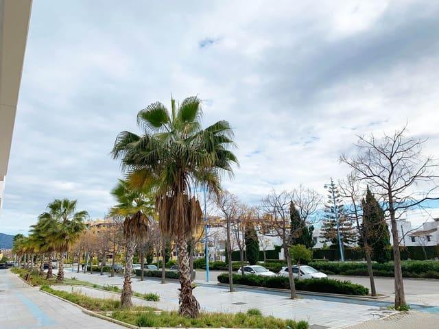 Garaje en San Pedro de Alcantara en venta - 18.000 € (Ref: 5825538)