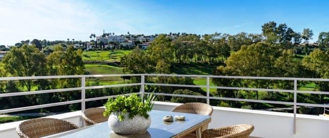 3 chambre Villa/Maison Mitoyenne à vendre à Estepona avec piscine garage - 299 000 € (Ref: 3936080)