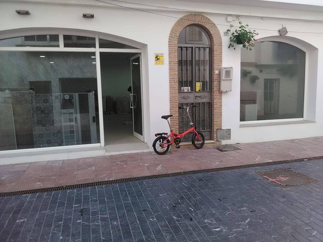 Commercial for rent in Estepona - € 1,300 (Ref: 4393321)