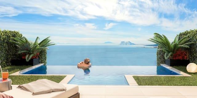 3 soveværelse Byhus til salg i Punta de la Chullera med swimmingpool garage - € 355.000 (Ref: 4768367)