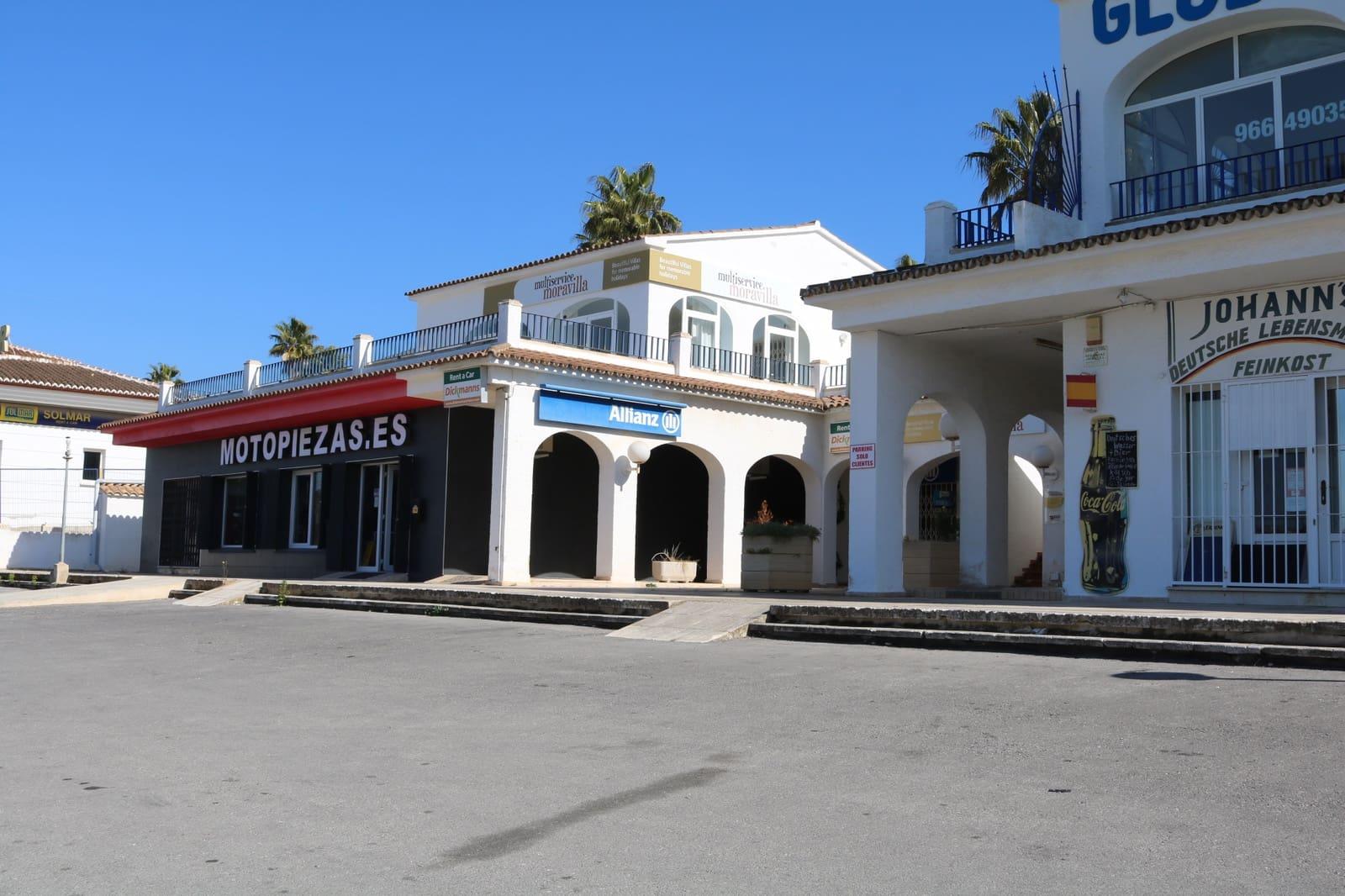 Bedrijf te huur in Moraira - € 450 (Ref: 4471496)