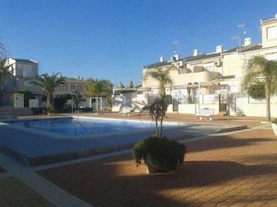 Casa de 2 habitaciones en Orihuela Costa en venta con piscina - 195.000 € (Ref: 3617023)