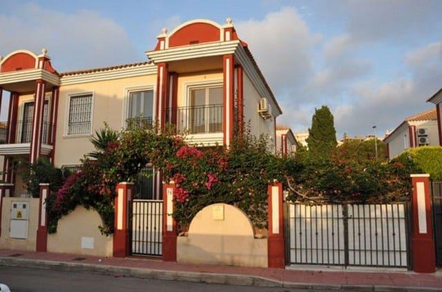 3 sypialnia Dom szeregowy na kwatery wakacyjne w Campoamor z basenem - 750 € (Ref: 5318723)