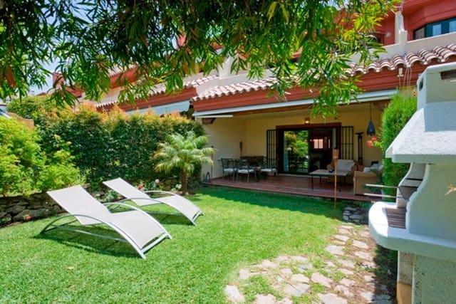 3 bedroom Semi-detached Villa for holiday rental in Golden Mile with pool garage - € 4,000 (Ref: 5781442)
