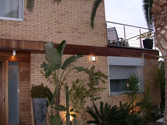 3 chambre Villa/Maison Mitoyenne à vendre à Salou avec garage - 325 000 € (Ref: 2084409)