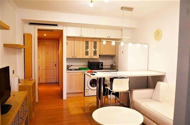 1 slaapkamer Flat te huur in Madrid stad - € 680 (Ref: 6019663)
