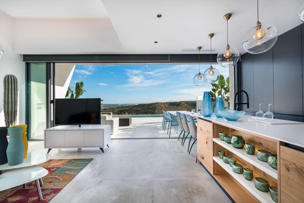 Chalet de 3 habitaciones en Pueblo Lucero en venta con piscina garaje - 549.000 € (Ref: 5503188)