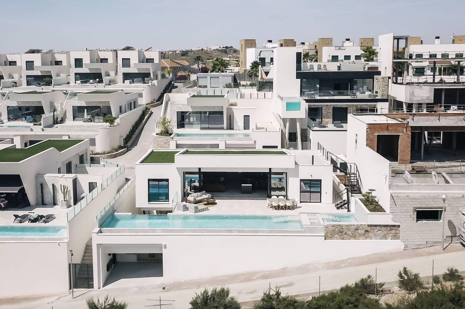 Chalet de 3 habitaciones en Pueblo Lucero en venta con piscina - 1.250.000 € (Ref: 5503208)