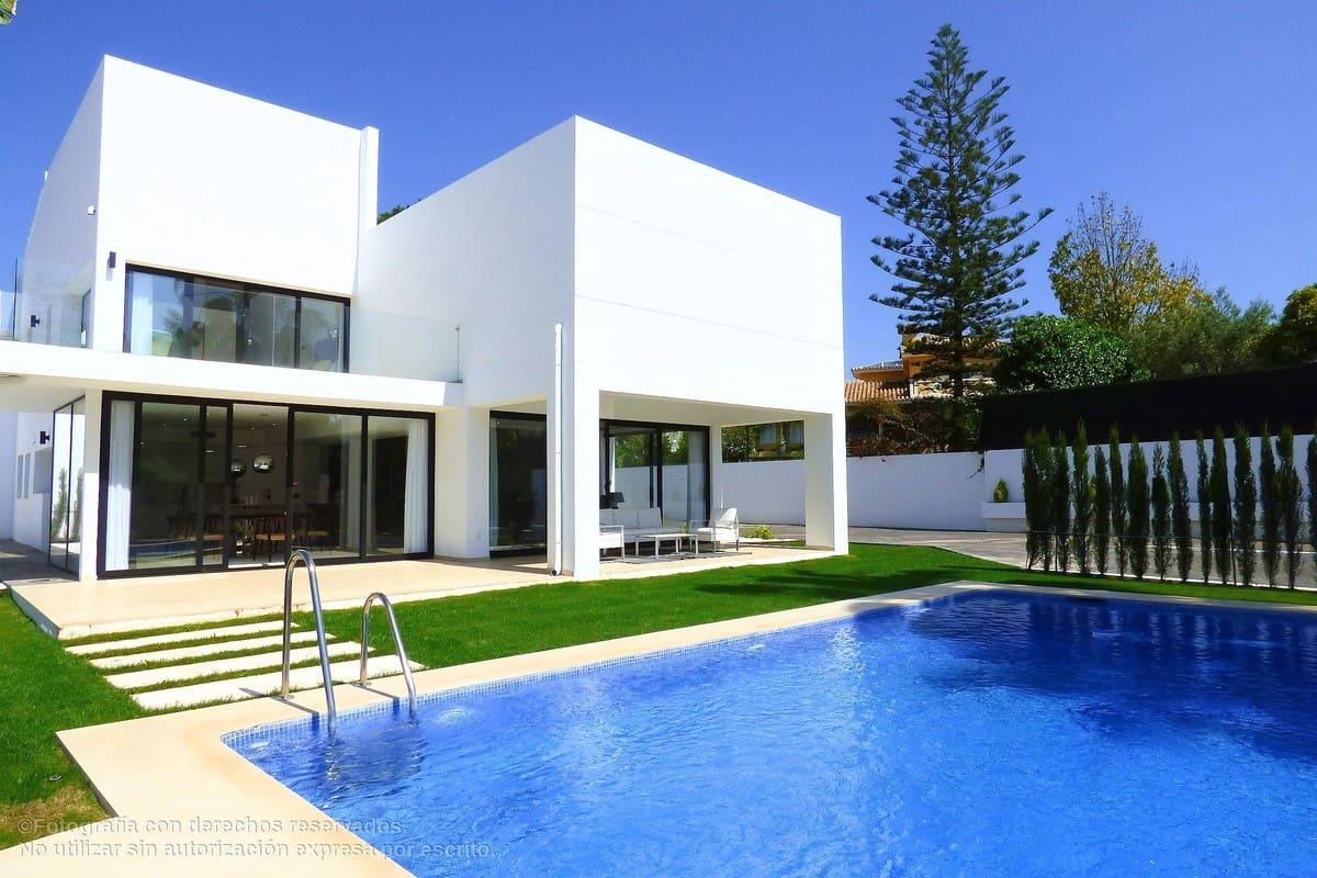 4 Zimmer Villa zu verkaufen in San Pedro de Alcantara mit Pool - 1.495.000 € (Ref: 4646132)