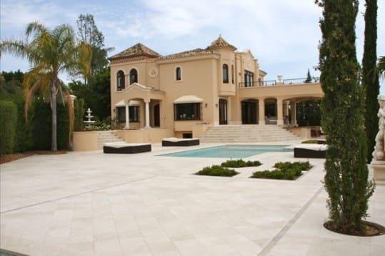 5 bedroom Villa for sale in Marbella with pool - € 3,800,000 (Ref: 5168283)