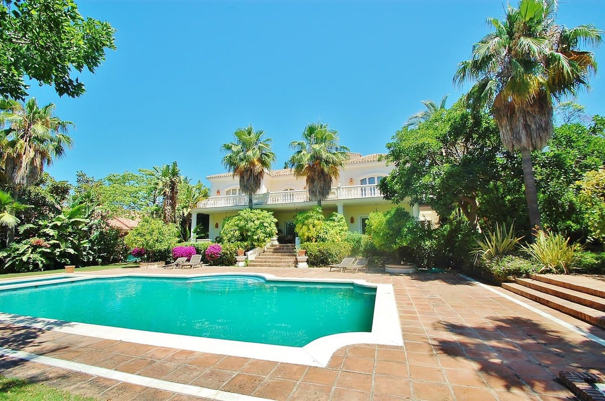 5 bedroom Villa for sale in Marbella with pool garage - € 3,950,000 (Ref: 5168334)