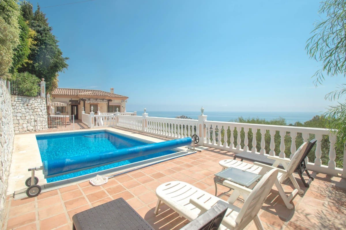 4 bedroom Villa for sale in Benalmadena with pool garage - € 795,000 (Ref: 5168557)