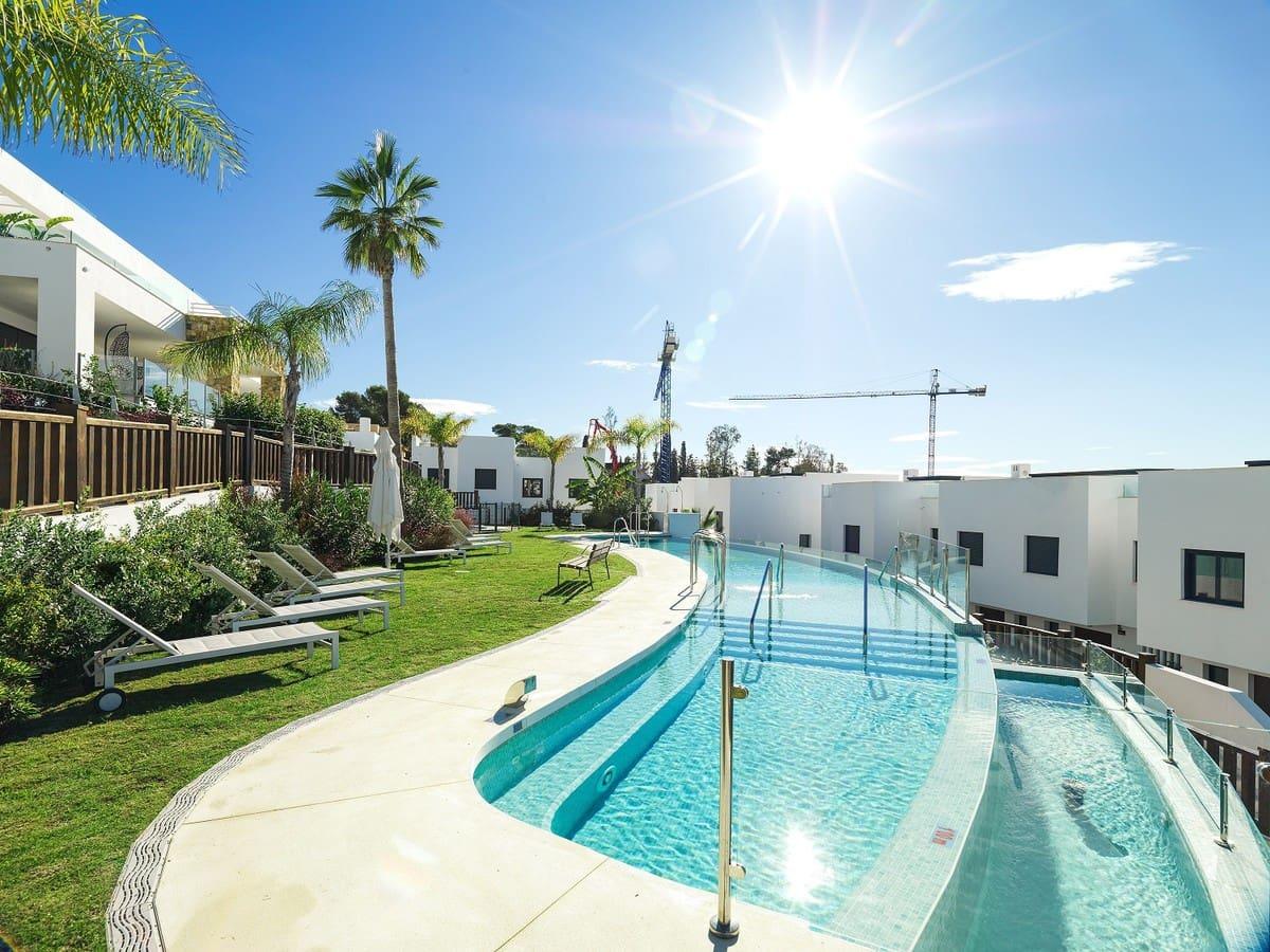 3 bedroom Terraced Villa for sale in Marbella with pool garage - € 835,000 (Ref: 5168761)