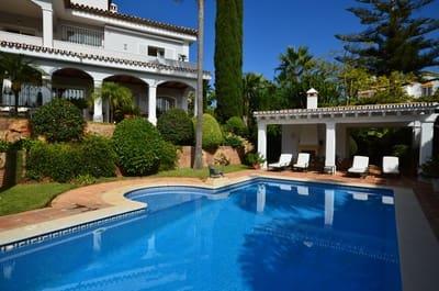 6 bedroom Villa for sale in Bahia de Marbella with pool - € 2,995,000 (Ref: 5297158)