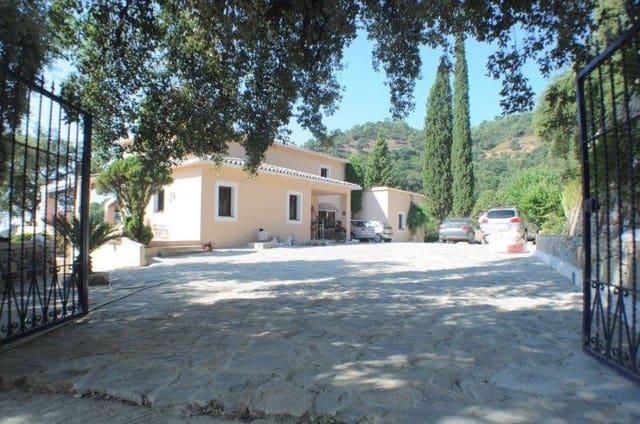 3 bedroom Villa for sale in El Madronal - € 1,695,000 (Ref: 5297310)
