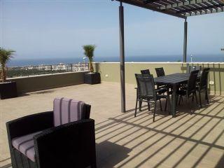 2 soverom Penthouse til salgs i Costa Adeje med svømmebasseng garasje - € 790 000 (Ref: 2513727)