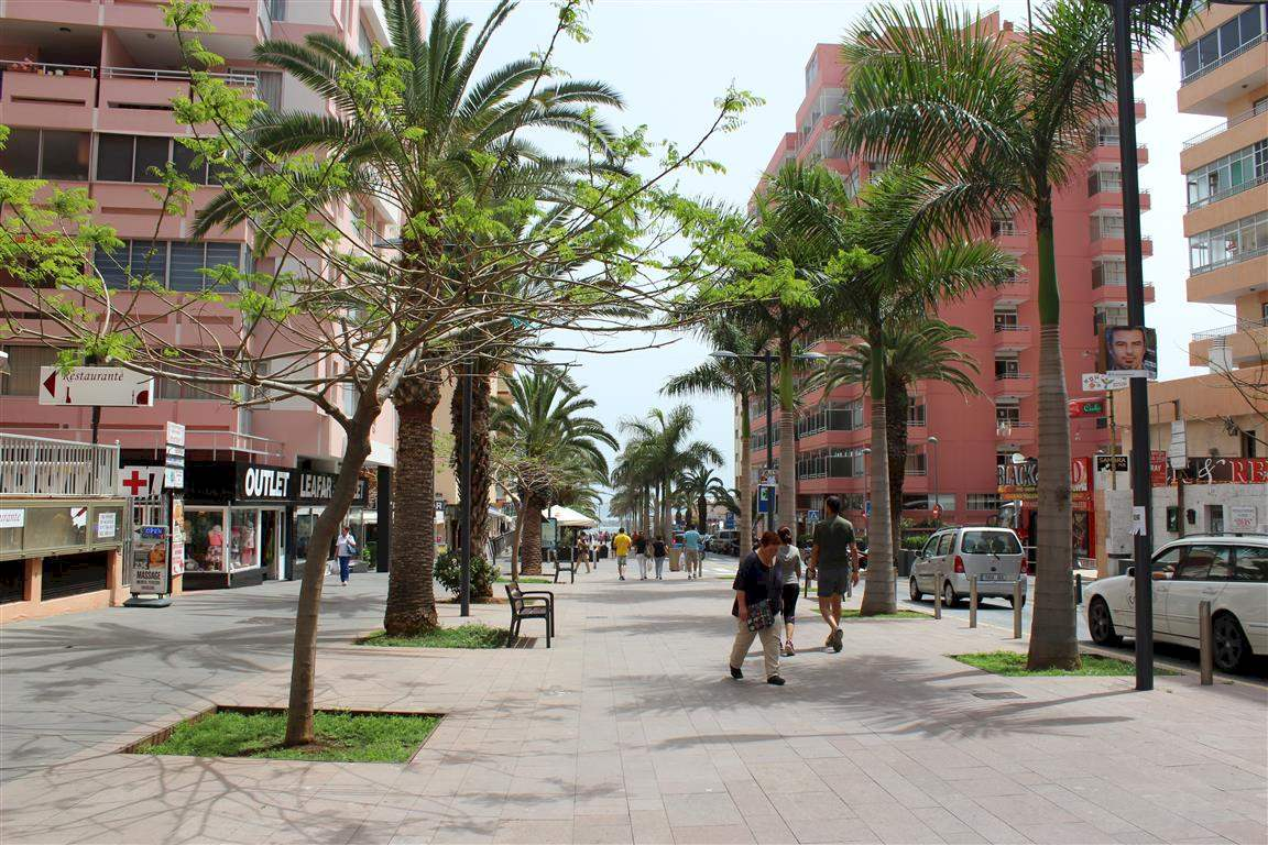 Commercial à vendre à Puerto de la Cruz - 180 000 € (Ref: 2615465)