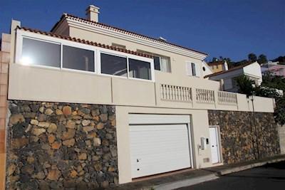 2 bedroom Villa for sale in El Sauzal - € 350,000 (Ref: 2677564)