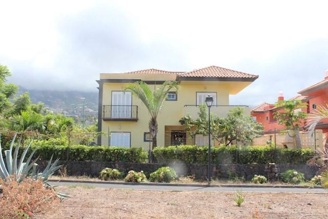 3 sovrum Hus till salu i El Durazno med pool garage - 295 000 € (Ref: 3546615)