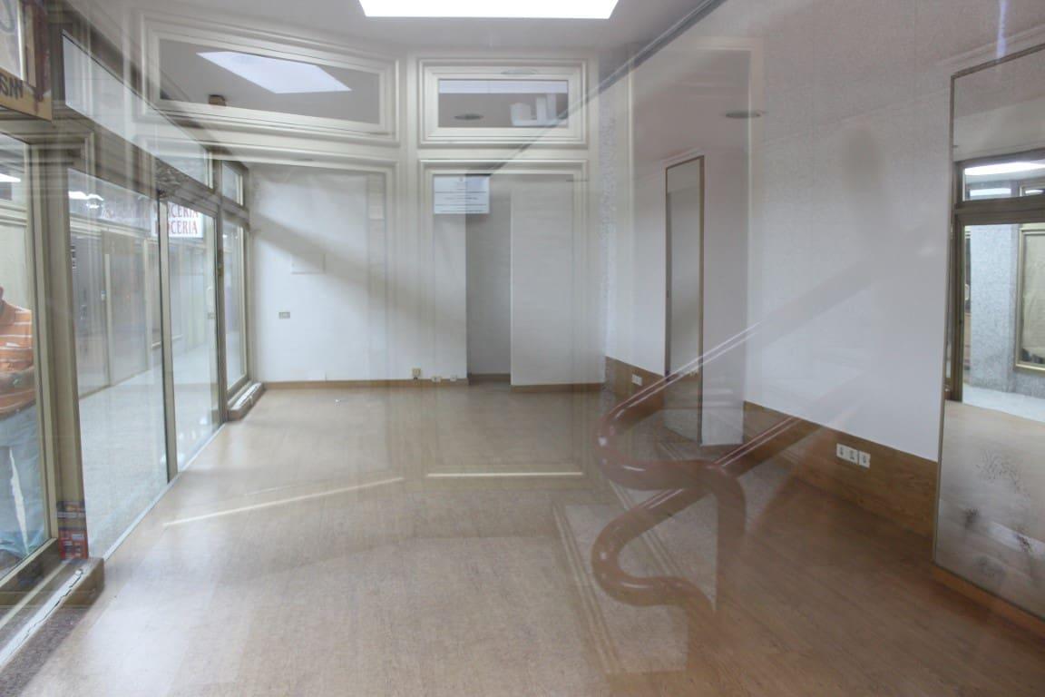 Komercyjne na sprzedaż w Santa Cruz de Tenerife - 59 000 € (Ref: 6280407)