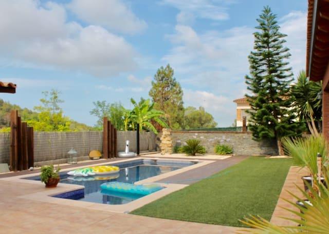 4 soveværelse Villa til salg i Sant Pere de Ribes med swimmingpool garage - € 790.000 (Ref: 5376891)