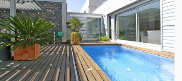 4 soveværelse Byhus til leje i Sant Pere de Ribes med swimmingpool garage - € 1.890 (Ref: 5585988)