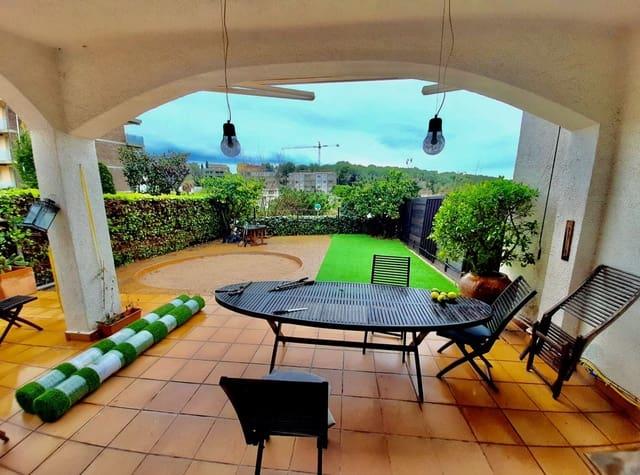 5 soveværelse Rækkehus til leje i Sant Pere de Ribes med garage - € 1.550 (Ref: 5794284)