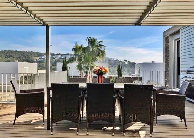 4 soverom Hus til salgs i Sant Pere de Ribes med svømmebasseng garasje - € 370 000 (Ref: 5849777)