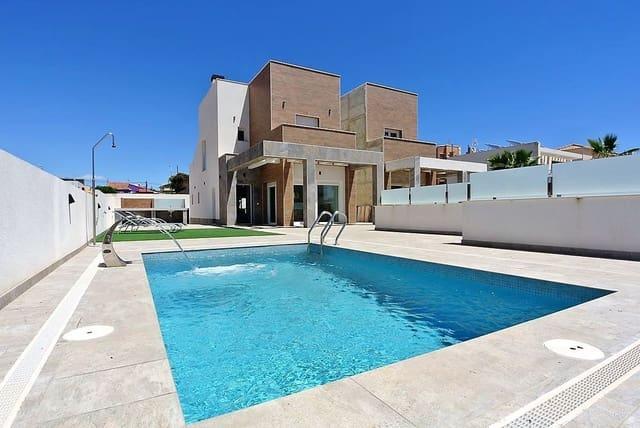 5 makuuhuone Huvila myytävänä paikassa Aguas Nuevas mukana uima-altaan  autotalli - 590 000 € (Ref: 6078291)