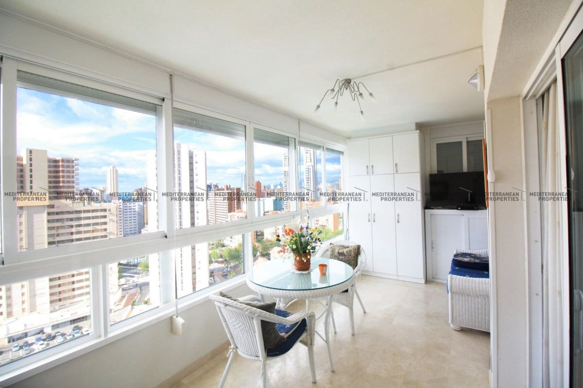 2 bedroom Apartment for sale in Benidorm with pool garage - € 270,000 (Ref: 3995757)