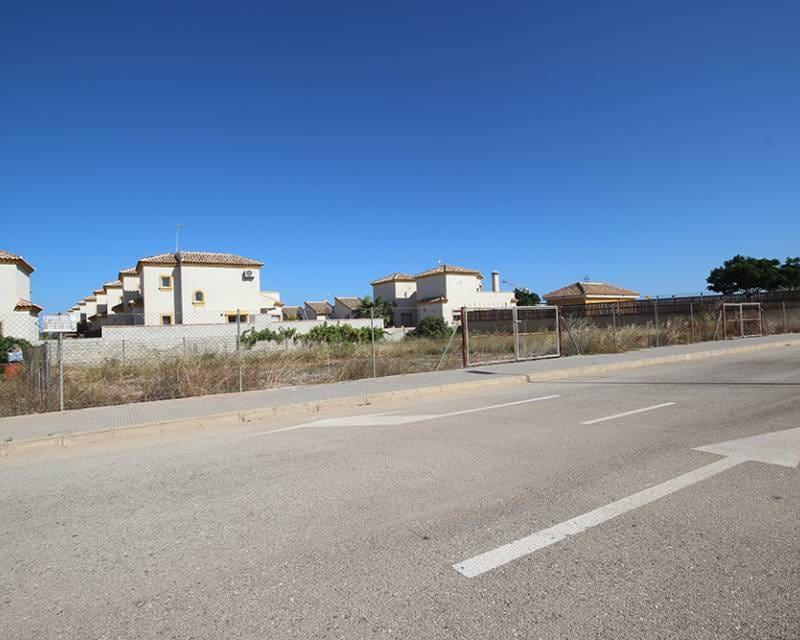 Terreno/Finca Rústica en Los Montesinos en venta - 105.000 € (Ref: 5253975)