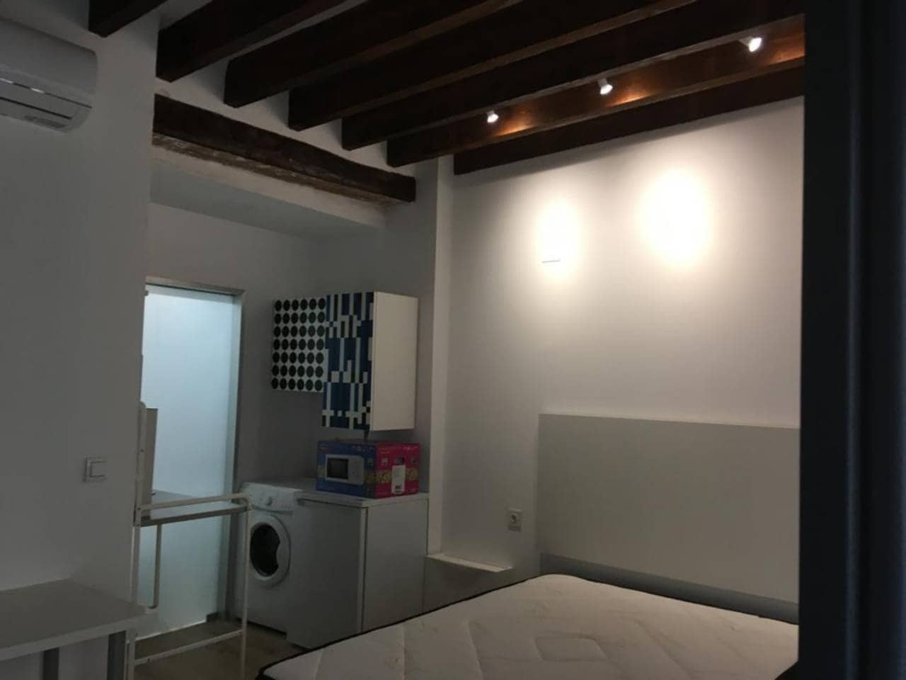 Studio te huur in Alicante stad - € 550 (Ref: 4977360)