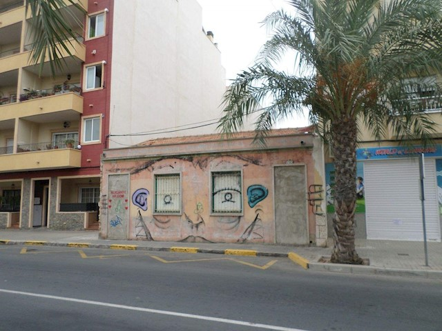 Terre non Aménagée à vendre à El Altet - 215 000 € (Ref: 3889756)