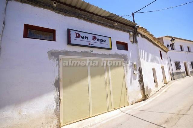 3 bedroom Commercial for sale in Partaloa - € 139,950 (Ref: 3042435)