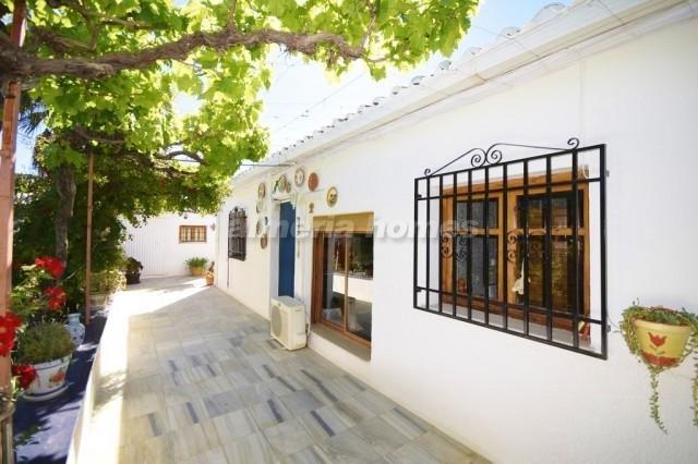 3 bedroom Villa for sale in Purchena - € 130,000 (Ref: 3438806)
