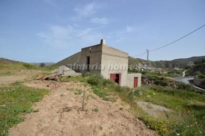 Commercial à vendre à Lijar - 68 000 € (Ref: 3444038)