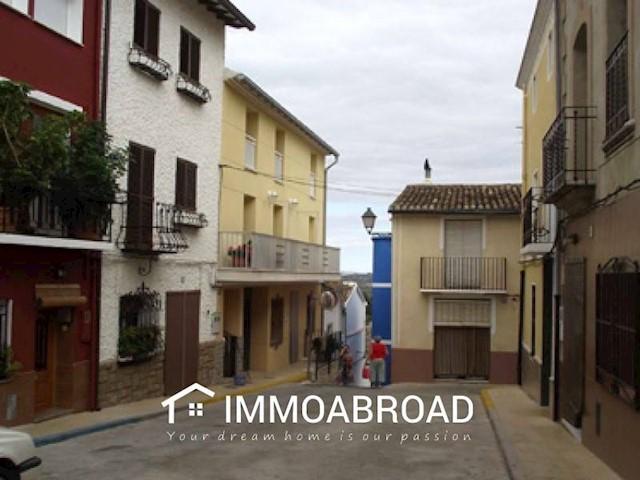 4 chambre Maison de Ville à vendre à Terrateig - 120 000 € (Ref: 3401501)