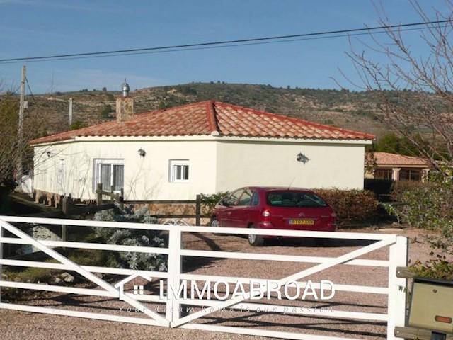 Finca/Casa Rural de 2 habitaciones en Zarra en venta - 105.000 € (Ref: 3461025)