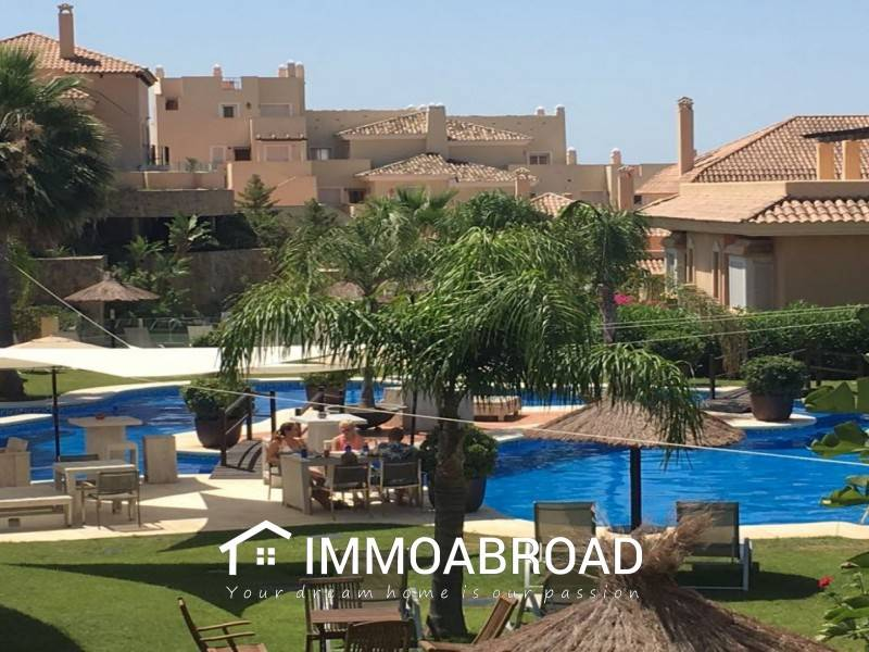 2 bedroom Apartment for sale in Marbella - € 310,000 (Ref: 3526999)