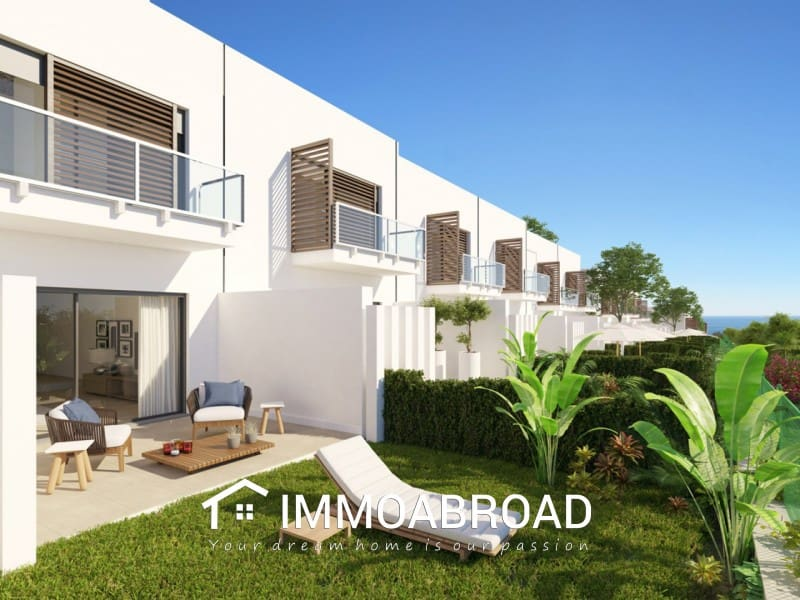 3 bedroom Townhouse for sale in Marbella - € 280,000 (Ref: 4432181)
