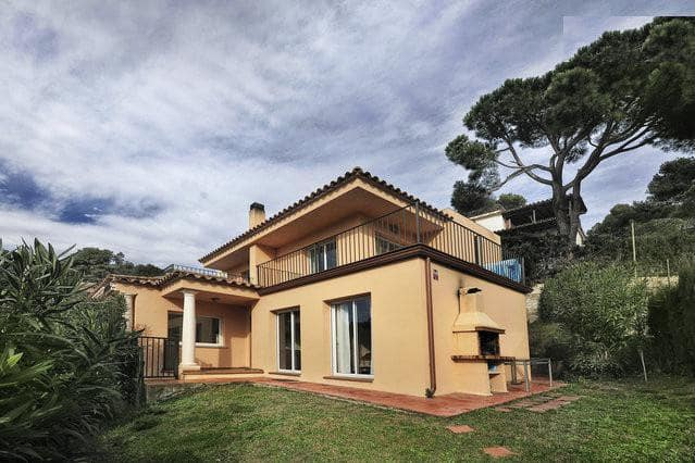4 Zimmer Ferienvilla in Calonge mit Pool - 3.250 € (Ref: 5310363)