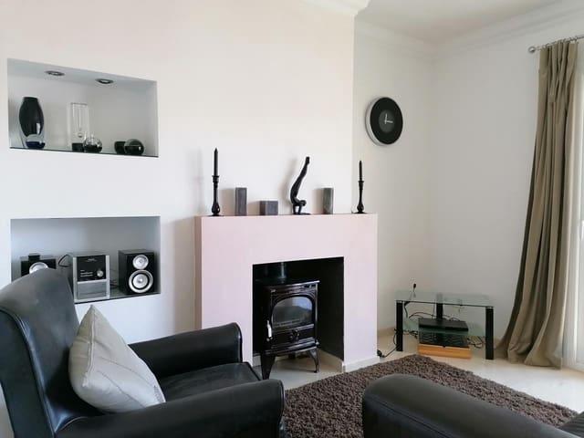 3 bedroom Flat for sale in Calella de Palafrugell - € 275,000 (Ref: 5978535)